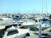 Scoprire il Tirreno in barca a motore